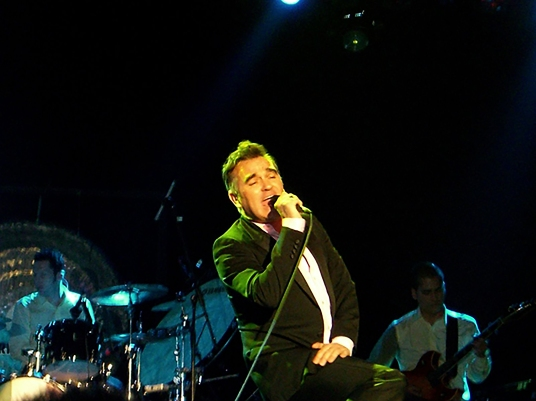 Morrissey_Live_at_SXSW_Austin_in_March_2006-3.jpg